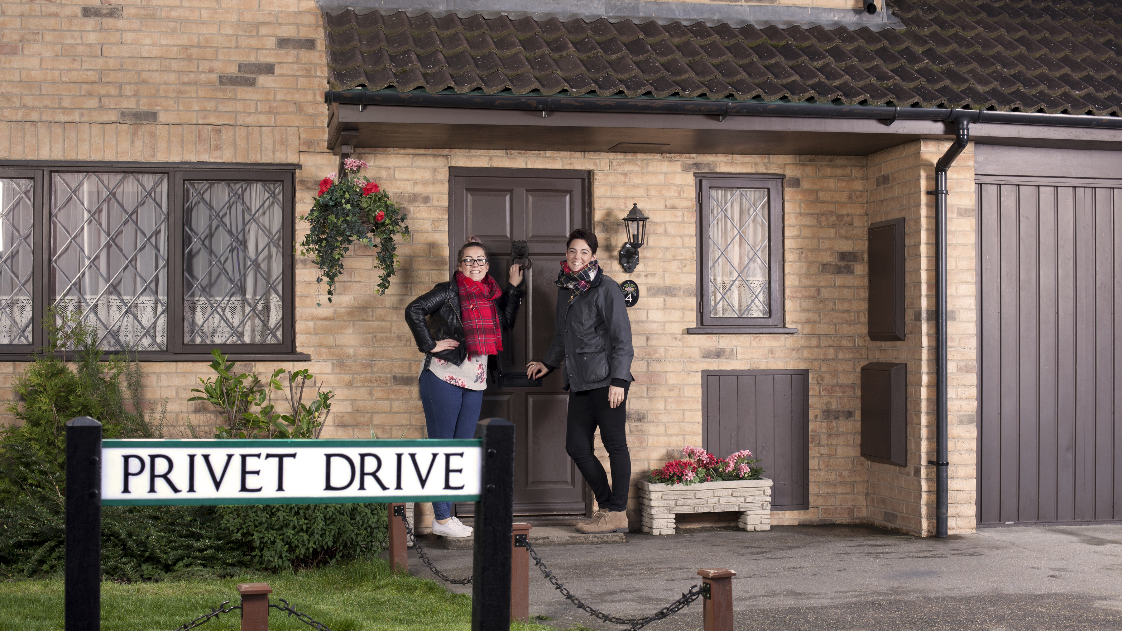 Harry Potter fans can finally step inside 4 Privet Drive - and it's worth  the wait - Mirror Online